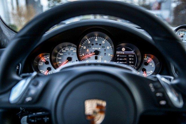 Samochód, który przeszedł regenerację turbo – krótki poradnik dla laików