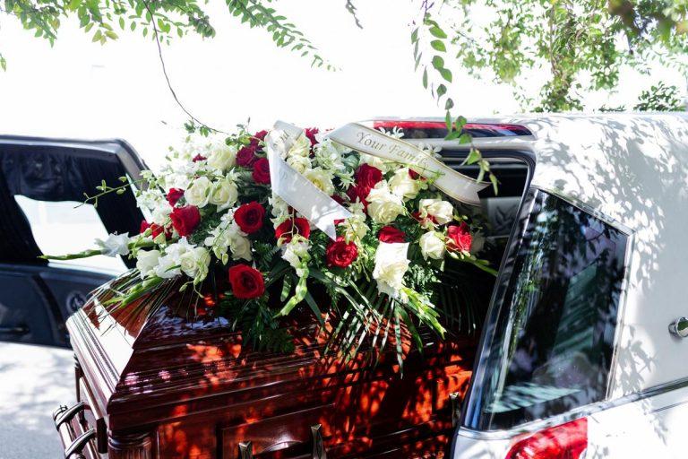 Usługi oferowane w profesjonalnych zakładach pogrzebowych